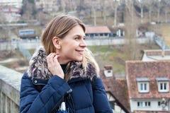 Weiblicher Tourist in Bern, die Schweiz Stockfotos