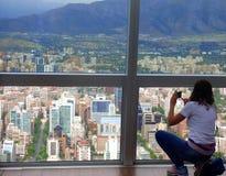 Weiblicher Tourist an ` ` EL Mirador in Chile Lizenzfreies Stockfoto