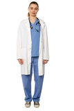 Weiblicher tragender weißer Mantel des praktischen Arztes Stockbild