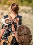 Weiblicher Viking Character stockbilder