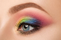 Weibliches Auge mit schönem Make-up Stockbilder