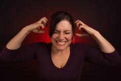 Weibliches Baumuster mit PMS, Nervenzusammenbruch Lizenzfreie Stockfotografie