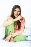 Weibliches lächelndes Modell Weibliches Modell Lizenzfreies Stockfoto