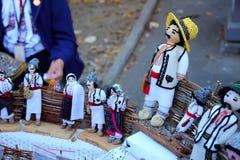 Weiche Spielwaren in der Volksart für Verkauf an der Festivalstadt von Chisinau Stockbilder