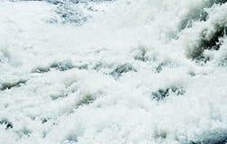 Weißes Wasser Rapidshintergrund; Stockfotografie