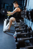 Weight lifting Royalty Free Stock Images