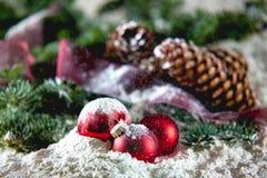 Weihnachten auf Schnee Stockfotos