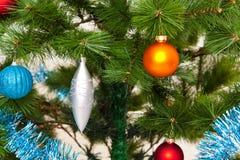 Weihnachten-Baumdekorationsguten rutsch ins neue jahr Stockfotografie