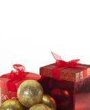 Weihnachten Bell und Geschenk Kästen lizenzfreie stockfotos