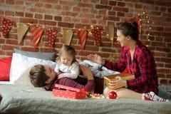 Weihnachten - ein Familienurlaub Lizenzfreies Stockfoto