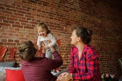 Weihnachten - ein Familienurlaub Lizenzfreie Stockfotos