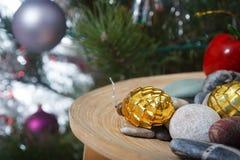 Weihnachten Feiertagsdekorationskiefer Lizenzfreie Stockfotografie