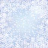 Weihnachten gefrorener Hintergrund mit Schneeflocken Lizenzfreies Stockfoto