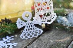Weihnachten gestrickte Glocke lizenzfreie stockfotografie