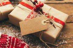 Weihnachten im Verkauf mit dem Preis, kaufend im Winter, 26. Dezember Weihnachtsförderung, Stockbilder