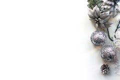 Weihnachten, neues Jahr-Modell, Draufsicht des weißen Hintergrundes Lizenzfreies Stockbild
