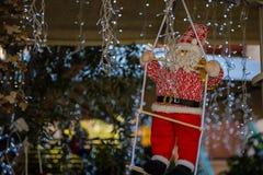 Weihnachten Sankt beleuchtet Leiterspielzeug stockfotos