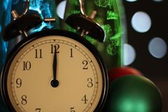 Weihnachten und neues Jahr ` s Vorabendfeier und -countdown Stockfoto