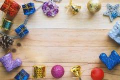 Weihnachten und Verzierungen und Dekoration des neuen Jahres Stockbild