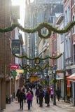 Weihnachten verzierte Einkaufsstraße in Aachen, Deutschland Lizenzfreie Stockfotografie