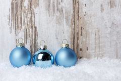 Weihnachten, Weihnachtsverzierungsblau lizenzfreie stockfotos