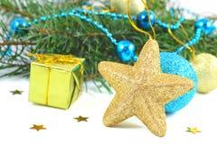 Weihnachtencompositio über Weiß Stockfotografie