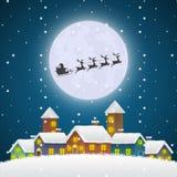 Weihnachts-Santa Claus-Fliegen auf einem Pferdeschlitten über dem Winter-Dorf lizenzfreie abbildung