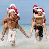 Weihnachts-Santa Hat Vacation Travel Beach-Konzept stockbilder