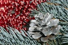 Weihnachts- und des neuen Jahresdekoration Stockfotos