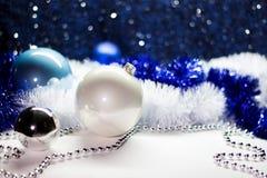 Weihnachts- und des neuen Jahresdekorationen Lizenzfreie Stockbilder