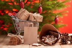Weihnachts- und des neuen Jahreseinkaufen Stockfotos
