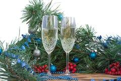 Weihnachts- und des neuen Jahresstillleben, Ebene, Kiefer, ornamen Lizenzfreie Stockfotografie