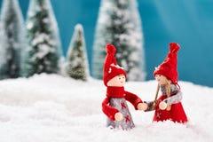 Am Weihnachtsabend zusammen tanzen Stockfotografie