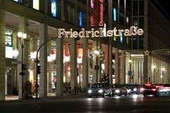 Weihnachtsablichtungen Friedrichstrasse Stockfotografie