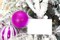 Weihnachtsabstrakter Hintergrund mit Kartenschablone Lizenzfreie Stockbilder