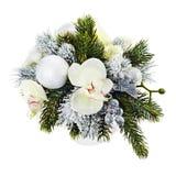 Weihnachtsanordnung für Weihnachtsbälle, Orchideen, Schneeflocken, b Lizenzfreies Stockbild