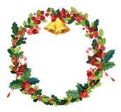Weihnachtsaquarellkranz mit Stechpalme, rote Bänder Lizenzfreies Stockfoto