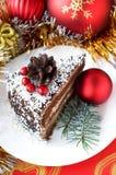 Weihnachtsaufbau mit Kuchen lizenzfreies stockbild