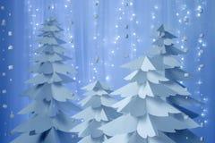 Weihnachtsbäume gemacht vom Papier Stockbilder