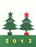Weihnachtsbäume mit 2013 Stockfotos