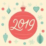 Weihnachtsball 2019 Grußkarte der frohen Weihnachten und des glücklichen neuen Jahres stockbild