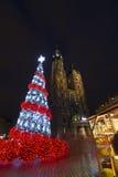 Weihnachtsbaum auf Rynek-Quadrat in Krakau Stockfotos
