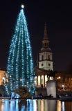 Weihnachtsbaum auf Trafalgar-Platz Stockbild