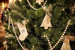 Weihnachtsbaum Dekoration des neuen Jahres Stockfotos
