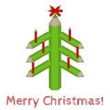 Weihnachtsbaum gemacht von farbigen Bleistiften und von den Wörter frohen Weihnachten Lizenzfreies Stockfoto