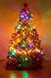 Weihnachtsbaum geschossen mit croß-screen Filter Stockbild