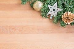 Weihnachtsbaum mit Dekoration Lizenzfreie Stockbilder