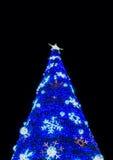 Weihnachtsbaum mit Licht Lizenzfreie Stockfotos