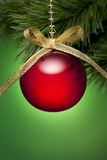 Weihnachtsbaum rot und grün Stockfotos