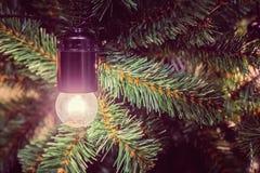 Weihnachtsbaum und Dekorationen Lizenzfreies Stockfoto